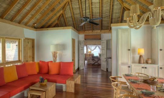 Gili-Lankanfushi-Family-Villa-Indoor-Dining
