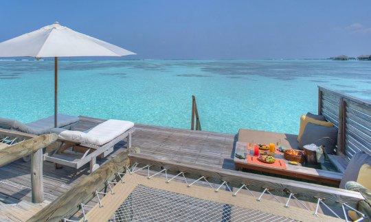 Gili-Lankanfushi-Maldives-Villa-Suite-Hammock-View