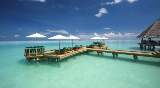 Gili-Lankanfushi-Over-Water-Bar